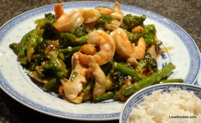 Spicy Chicken,Broccoli & Shrimp Stir Fry