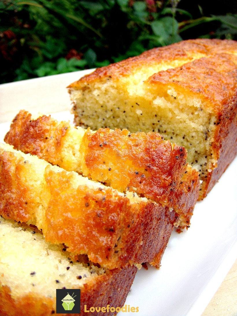 Moist Lemon & Poppy Seed Loaf